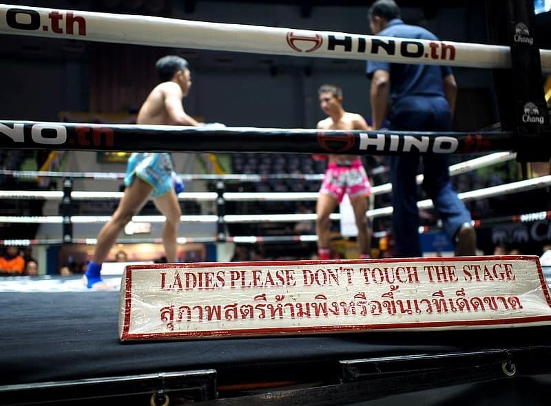 Boxing kick midget thai