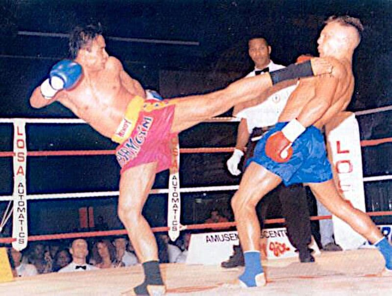 dutch kickboxing vs muay thai